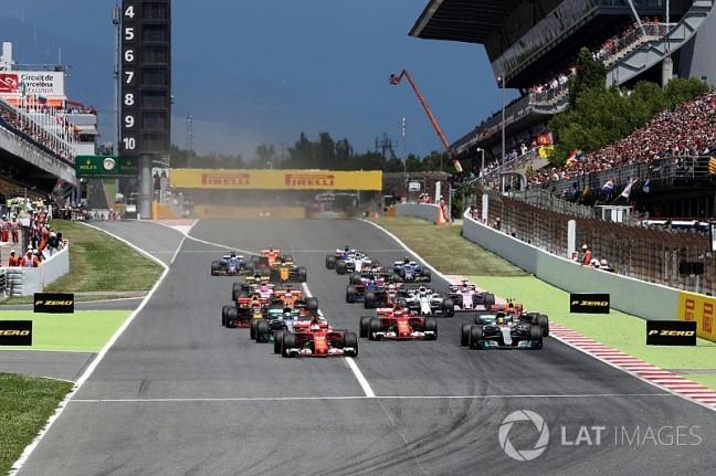 f1-spanish-gp-2017-sebastian-vettel-ferrari-sf70h-leads-at-the-start-of-the-race-8309538